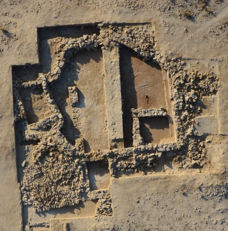 Fig. 3 : le bâtiment B16 (secteur A5) à la fin de la campagne 2014 (photo H. al Mutairi, DAM 2014)